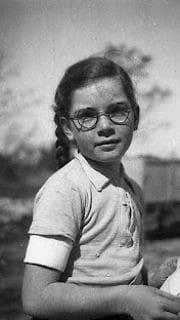ילדה בקיבוץ שער הנגב (צילום: באדיבות נדב מן)