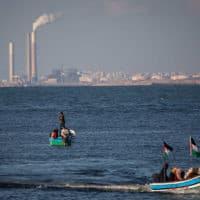 חוף העיר עזה (צילום: Hassan Jedi / Flash90)