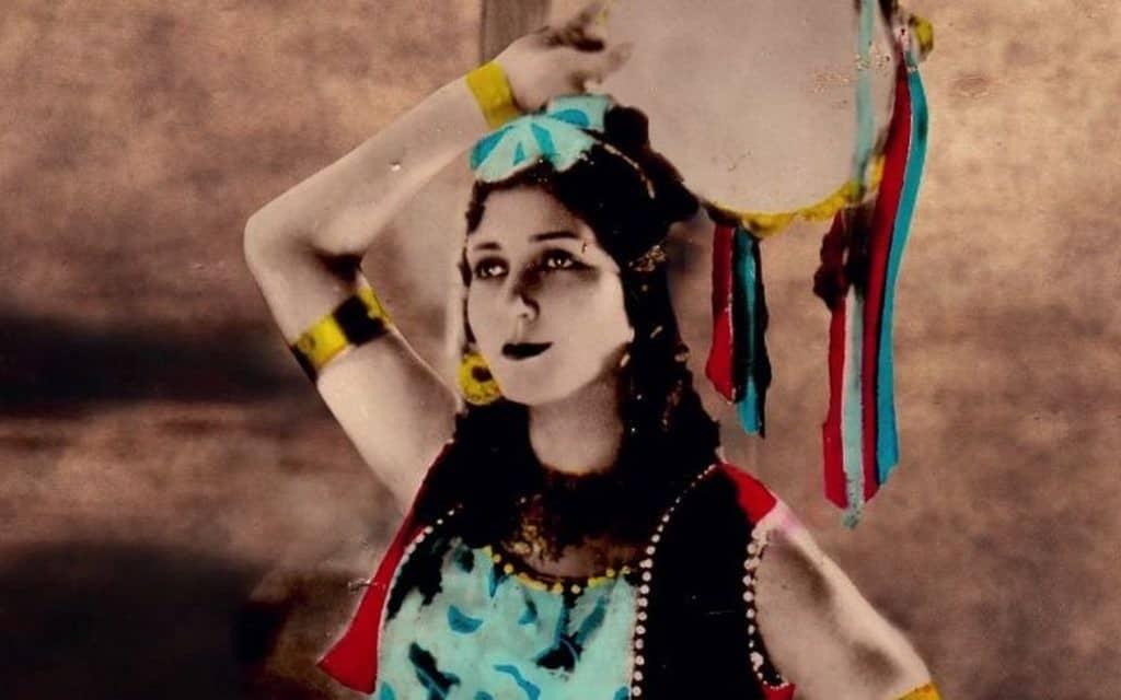 סולוצ'אנה בסרט Daku ki Ladk. התגלתה בעת שעבדה כמרכזנית (צילום: Courtesy Menemsha Films)