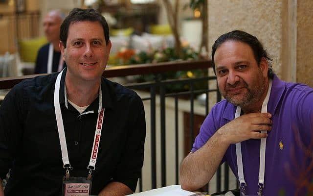 """ברק גונן (משמאל) וד""""ר הראל פרימק"""