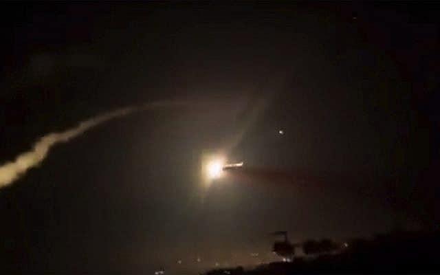 תקיפה ישראלית בסוריה, צילום ארכיון (צילום: SANA via AP)