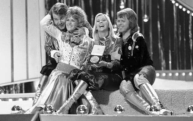 להקת אבבא באירוויזיון 1974 (צילום: AP Photo/Robert Dear)