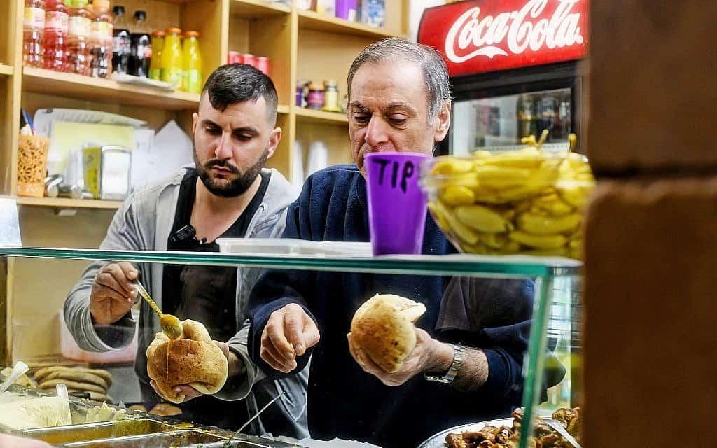 הפוליטיקה של האוכל – מסעדות מזרחיות (צילום: רן בירן)