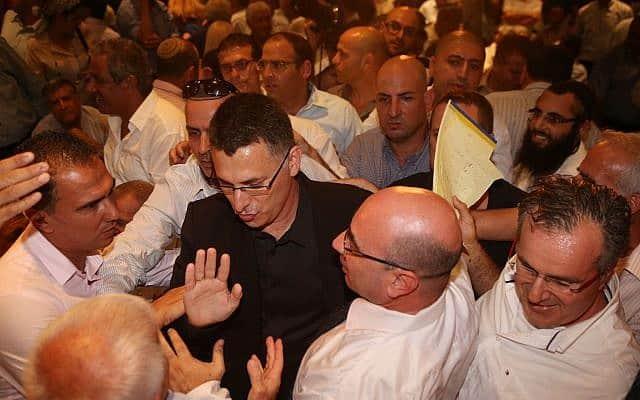 גדעון סער בארוע פרישתו מהחיים הפוליטיים, בספטמבר 2014 (צילום: פלאש90)