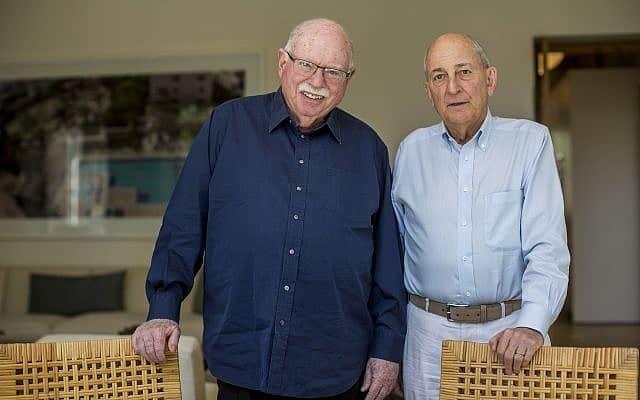 צ'רלס ברונפמן (מימין) ומייקל שטיינהרט (צילום: Yonatan Sindel/Flash90)