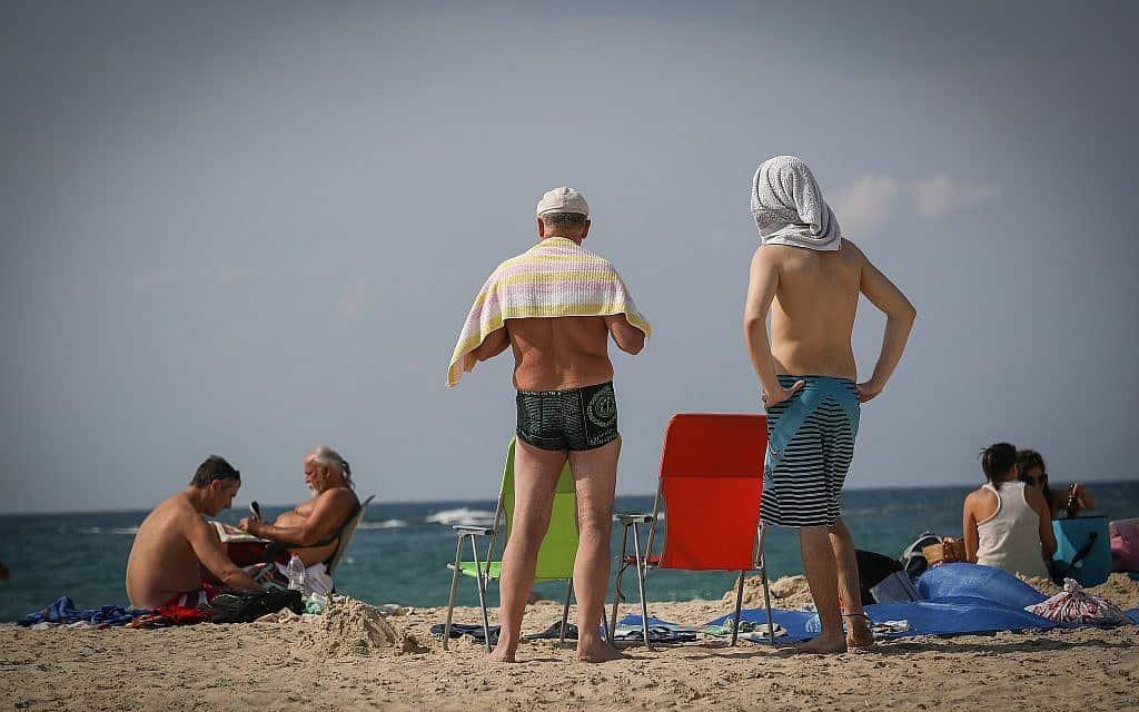 חוף פלמחים (צילום: נתי שוחט פלאש 90)