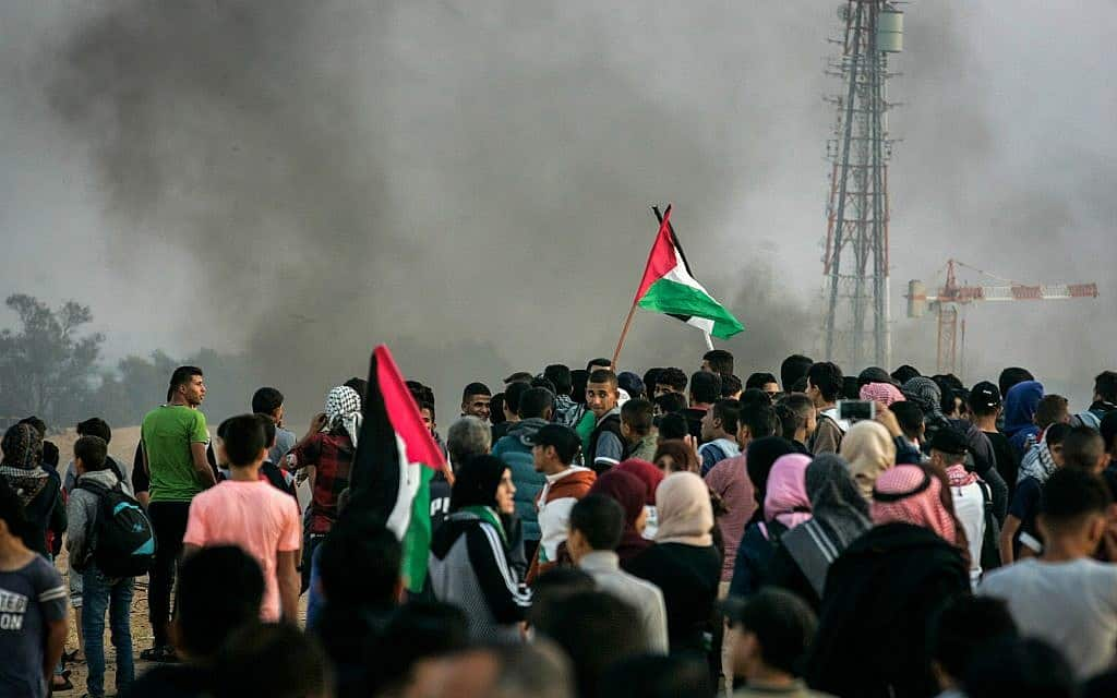 הפגנה על גבול עזה (צילום: Abed Rahim Khatib/ Flash90)