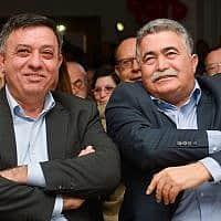 עמיר פרץ ואבי גבאי, בימים שמחים יותר (צילום: פלאש90)