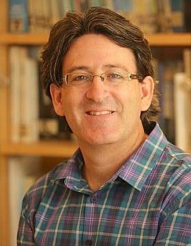 ד״ר עופר קניג (צילום: המכון הישראלי לדמוקרטיה)