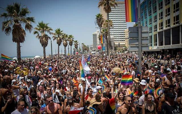 מצעד הגאווה בטיילת תא אביב ב-8 ביוני 2018 (צילום: מרים אלסטר/פלאש90)