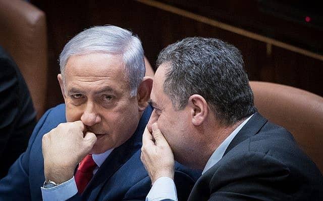 ישראל כ״ץ ובנימין נתניהו (צילום: יונתן סינדל/פלאש90)