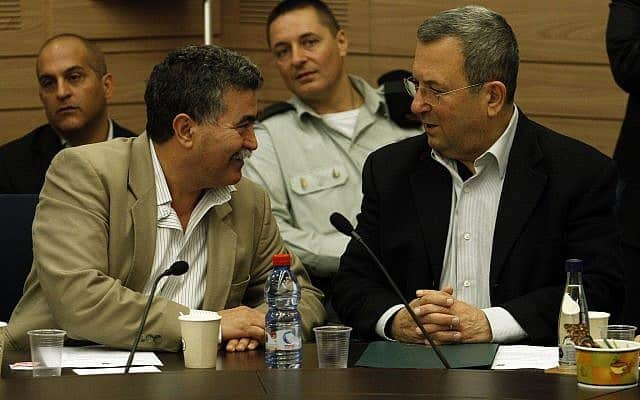 אהוד ברק ועמיר פרץ בקבינט המדיני-בטחוני ב-2012 (צילום: אורי לנץ/פלאש90)