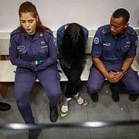 .כרמל מעודה במעצר (צילום: פלאש 90)