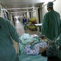 מסדרון בית חולים, צילום אילוסטרציה (צילום: נתי שוחט, פלאש 90)
