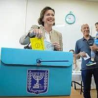ראש עיריית חיפה, עינת קאליש-רותם (צילום: מאיר ועקנין, פלאש 90)