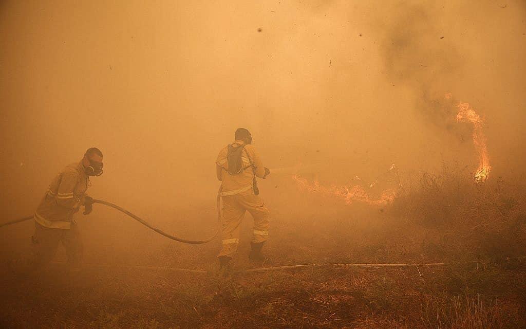 שריפה שהיתה השבוע באיזור בית שמש (צילום: נועם רבקין, פלאש 90)