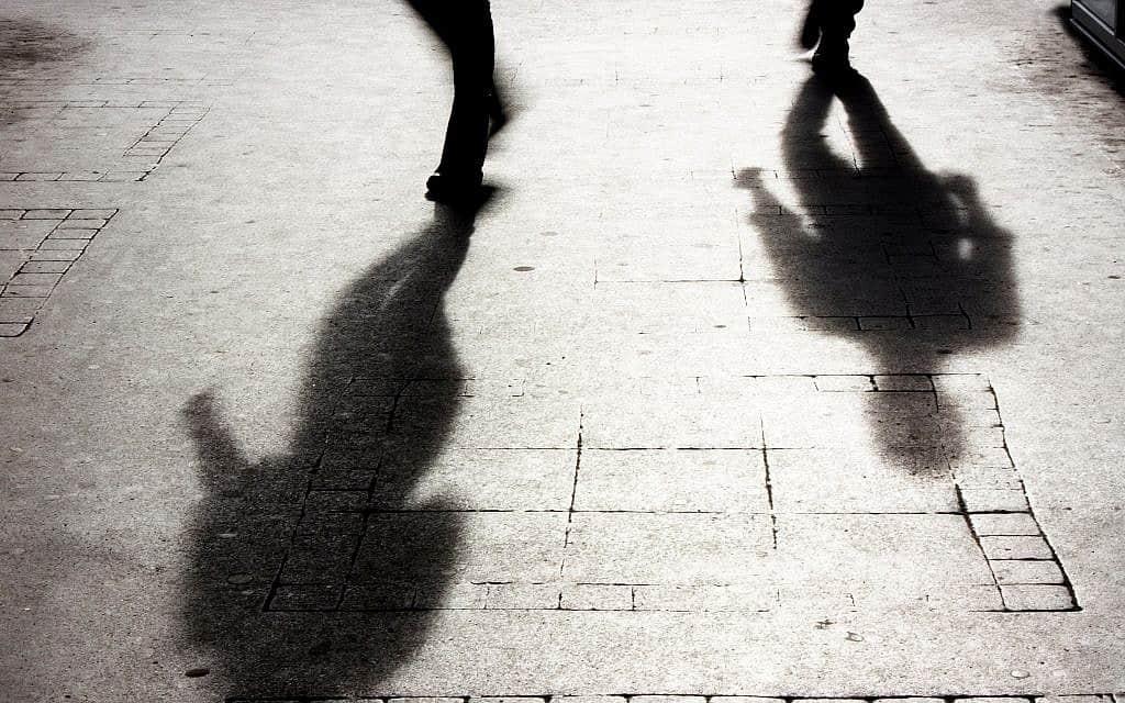 תקיפה מינית, אילוסטרציה (צילום: Alex Linch / iStock)