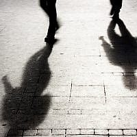 אילוסטרציה. חשד לרצח וניסיון התאבדות (צילום: Alex Linch / iStock)