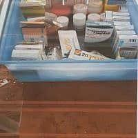 תרופות, אילוסטרציה (צילום: מתוך דוח של משרד החקלאות על הכלבייה של ״תנו לחיות לחיות״)