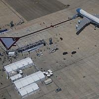 נמל התעופה בן גוריון (צילום: Evan Vucci, AP)