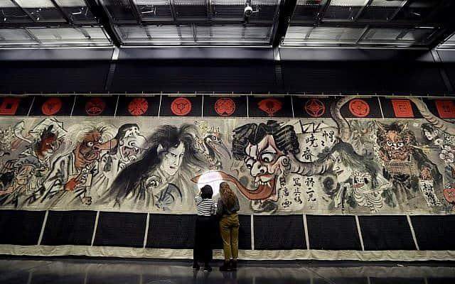 תערוכת המאנגה היפנית במוזיאון הבריטי (צילום: AP Photo/Kirsty Wigglesworth)