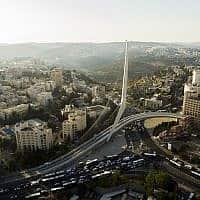 גשר המיתרים בכניסה לירושלים (צילום: גידי אבינרי/פלאש90)