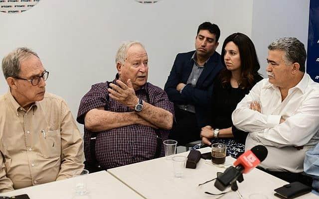מימין: פרץ, שוחט ונחמן שי, במסיבת עיתונאים במאי 2019 (צילום: תומר נויברג / פלאש 90)