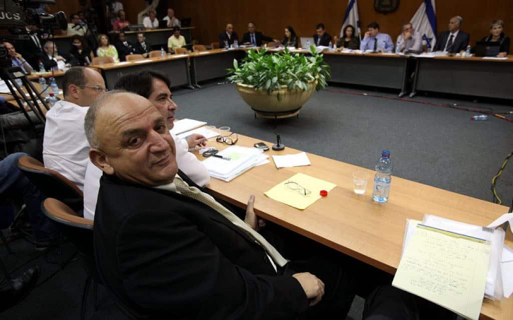 יצחק תשובה בדיון בוועדת הכלכלה על מתווה הגז (צילום: Flash90/יוסי זמיר)