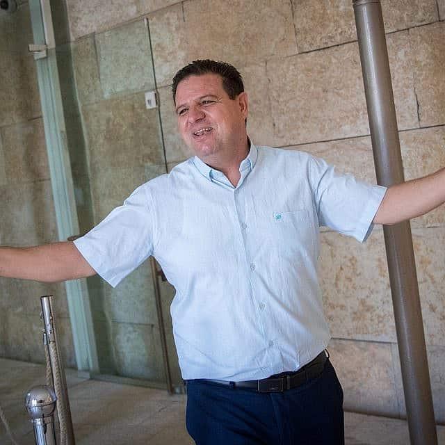 איימן עודה בבית המשפט העליון (צילום: יונתן סינדל/פלאש90)