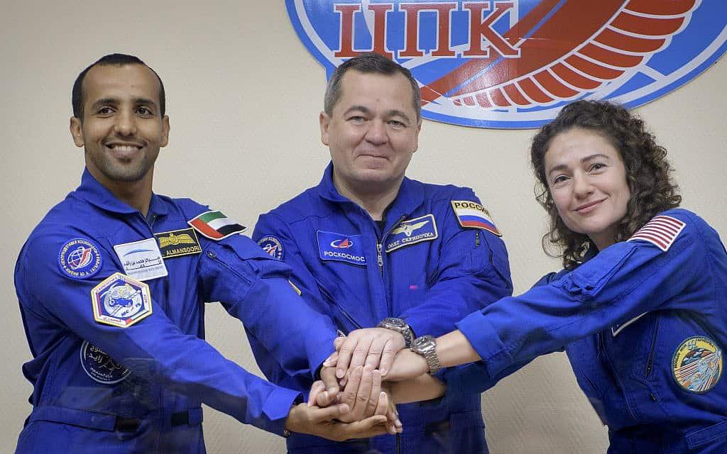 """מימין: ג'סיקה מאיר, אולג סקריפוצ'קה וחזה אלמנסורי. ימריאו היום אחה""""צ מקזחסטן"""