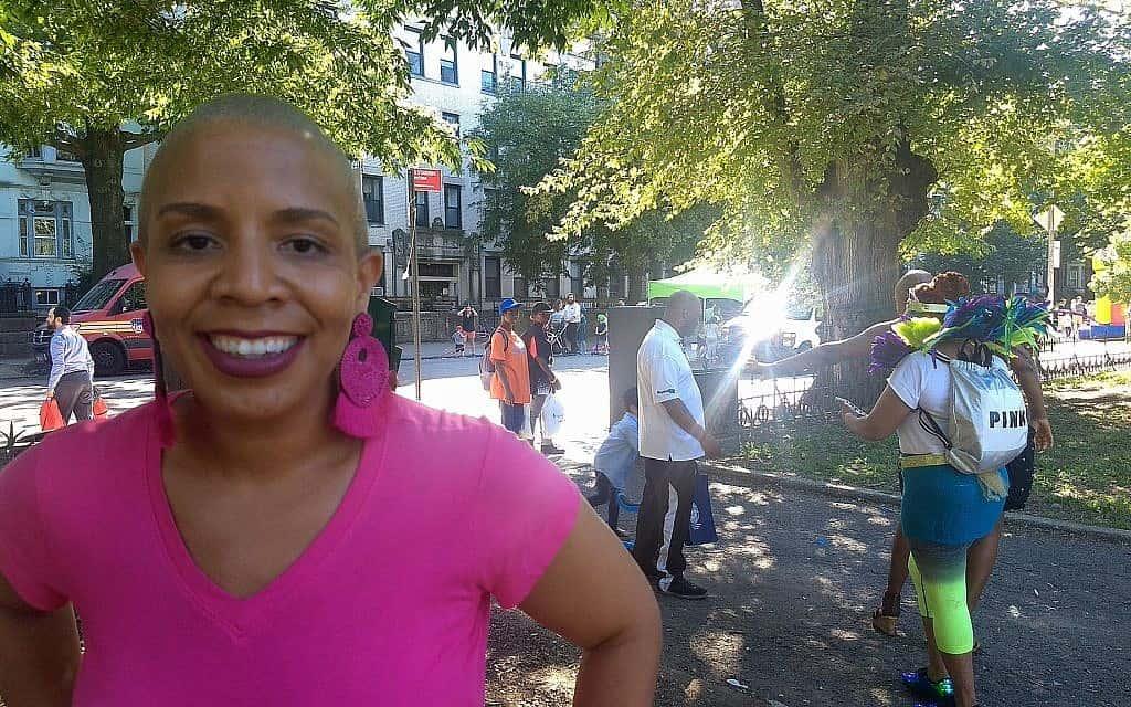 לורי קאמבו, חברת מועצת העיר ניו יורק המייצגת את קראון הייטס, אמרה שהפסטיבל עשוי להרחיב את האינטראקציה בין אפריקאים-אמריקאים לבין יהודים (צילום: בן סלס)