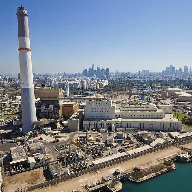 תחנת הכוח רידינג בתל אביב (צילום: Moshe Shai/FLASH90)