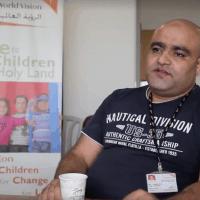 """מוחמד אל-חלבי, מנהל הפרויקטים של הארגון ההומניטרי """"וורלד ויז'ן"""" ברצועת עזה, הואשם ב-4 באוגוסט 2016 בניתוב כספי הארגון לחמאס (צילום: צילום מסך: וורלד ויז'ן)"""