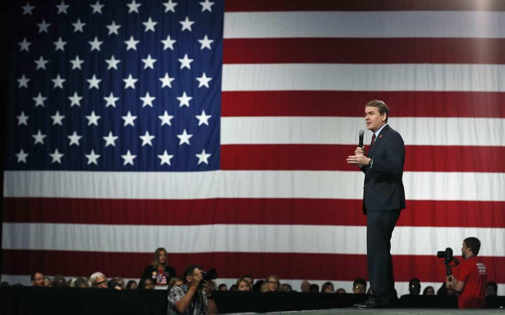 מייקל בנט (צילום: AP Photo/Charlie Neibergall)