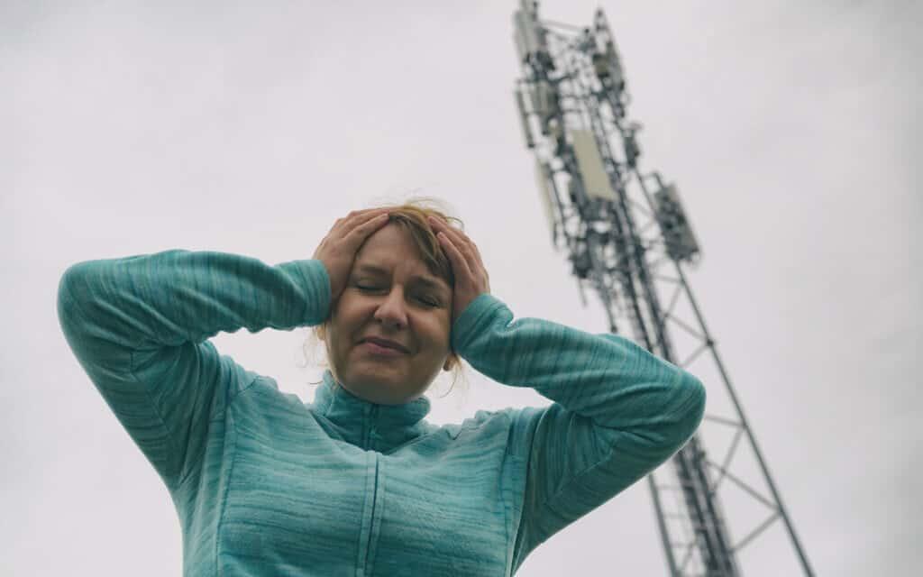 קרינה סלולארית, אילוסטרציה (צילום: istockphoto)