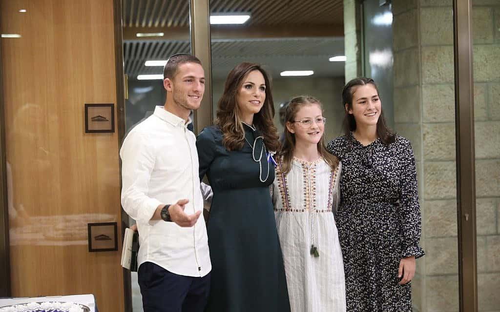 עומר ינקלביץ' ביום השבעת הכנסת ה-22 (צילום: דוברות הכנסת)