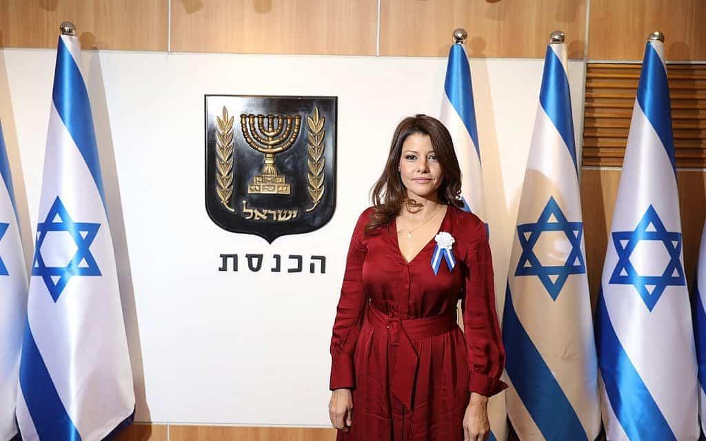 אורלי לוי-אבקסיס ביום השבעת הכנסת ה-22 (צילום: דוברות הכנסת)