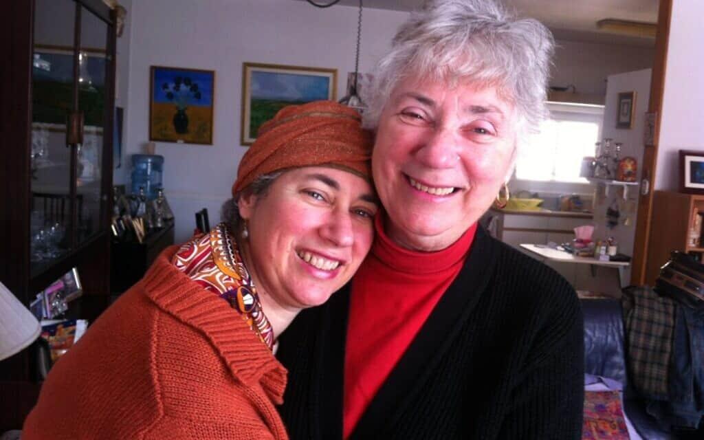 מרים גרין ואמה בעבר הקרוב יותר (צילום: באדיבות מרים גרין)