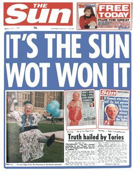 שער הסאן ב-1992, לאחר הנצחון של ג׳ון מייג׳ור בבחירות בבריטניה