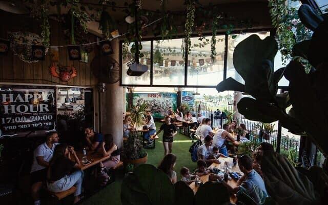 מסעדת ארצ'י באשקלון (צילום: יובל אליאס)
