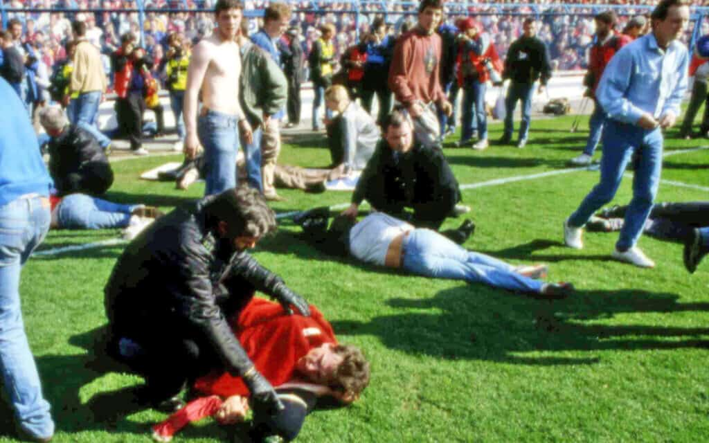האסון באצטדיון הילסבורו, ב-15 באפריל 1989 (צילום: AP Photo)