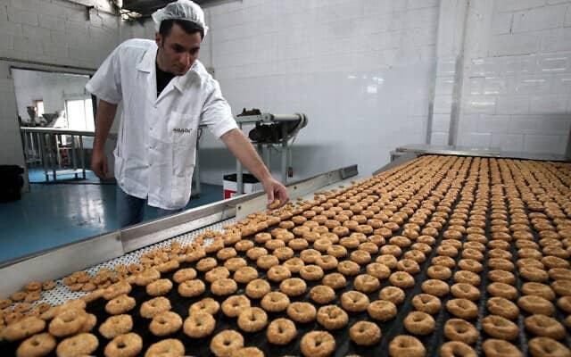 מפעל לייצור עוגיות (צילום: Flash 90 / Yossi Zamir)