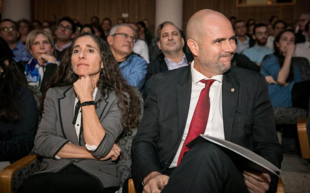 אוחנה (מימין) ובן-ארי גינזברג, השבוע (צילום: אוליבייה פיטוסי, פלאש 90)