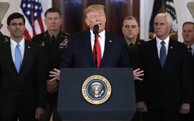 טראמפ מתייחס לתקיפה האיראנית בעיראק (צילום: AP Photo/ Evan Vucci)