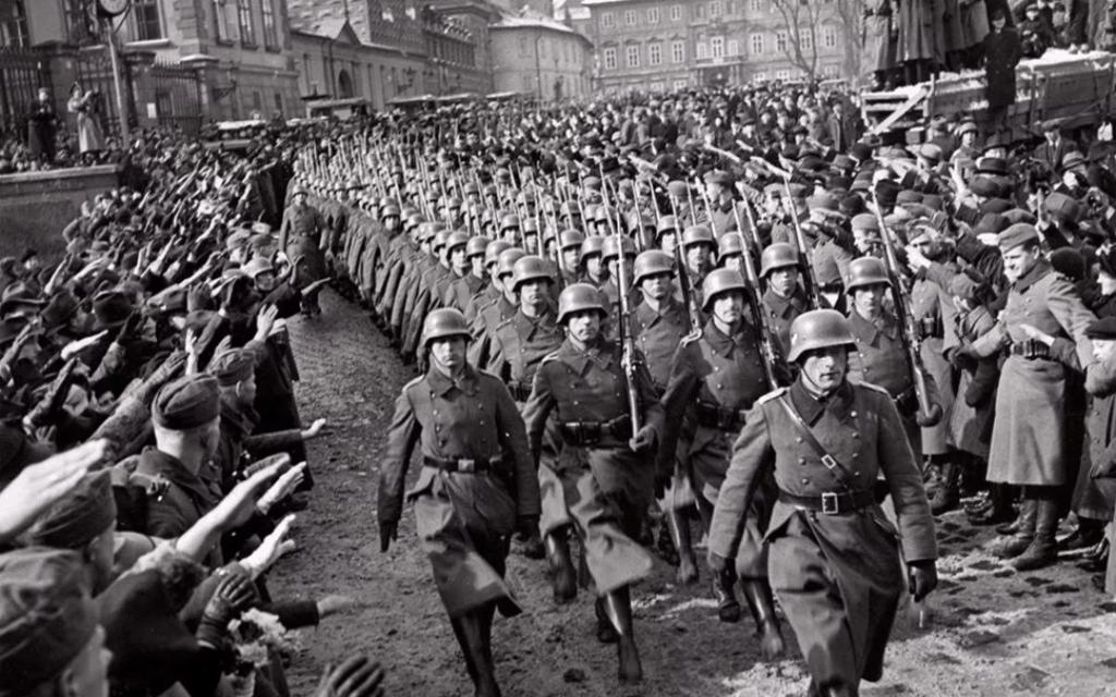 צבא גרמניה נכנס לפראג, 15 במארס, 1939 (צילום: נחלת הציבור)