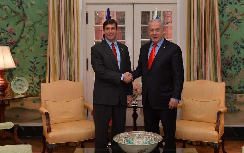 """ראש הממשלה נתניהו (מימין) ומזכיר ההגנה של ארה""""ב אספר בבלייר האוס, היום (צילום: קובי גדעון, לשכת העיתונות הממשלתית)"""