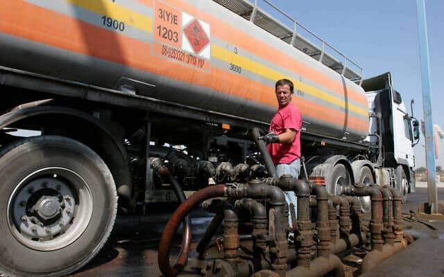 משאית להולכת גז (צילום: Edi Israel/Flash90)