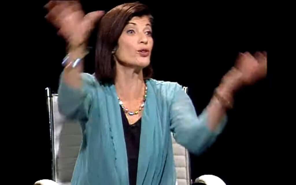 """רונית מטלון, צילום מסך מראיון ב""""חוצה ישראל"""" ב""""כאן חינוכית"""""""