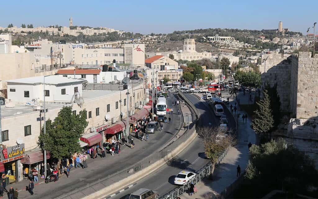 נוף מטיילת החומות (צילום: שמואל בר-עם)