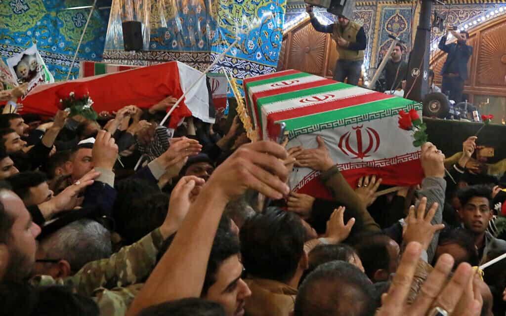 ארונו של קאסם סולימאני (צילום: Khalid Mohammed, AP)